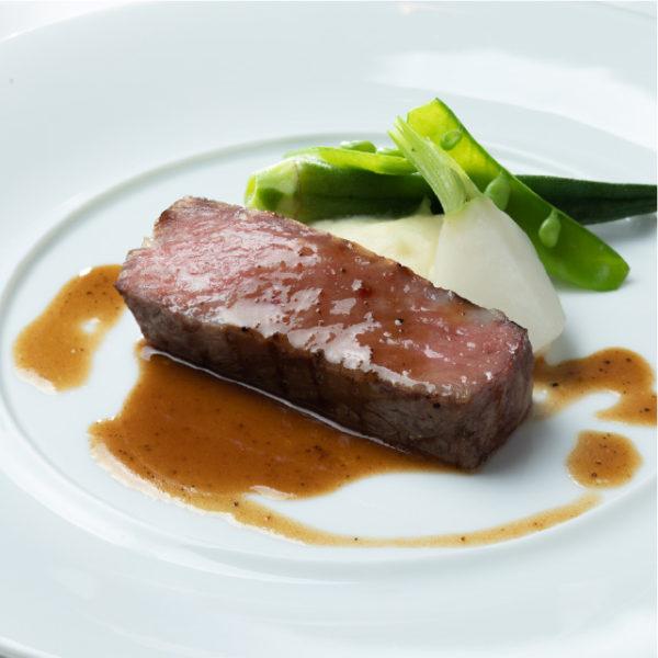 黒毛和牛ロース トリュフソース 彩り野菜を添えて